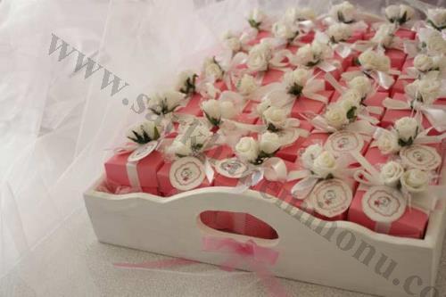 Çiçekli Kare Kutu Nikah Şekeri