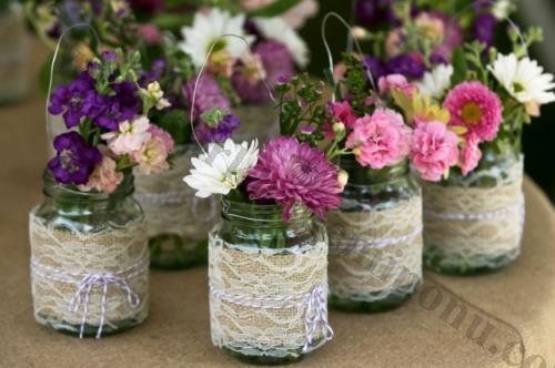 Canlı Çiçekli Dantelli Cam Vazo Nikah Şekeri