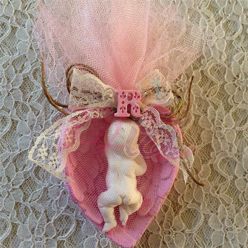 Kalp İçinde Bebek Kokulu Taş Bebek Şekeri
